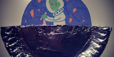 Kid's Craft – Paper Plate Flying Saucer